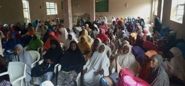 In Bauchi, NDE Trains 300 Unemployed Youths on Cosmetology, Others